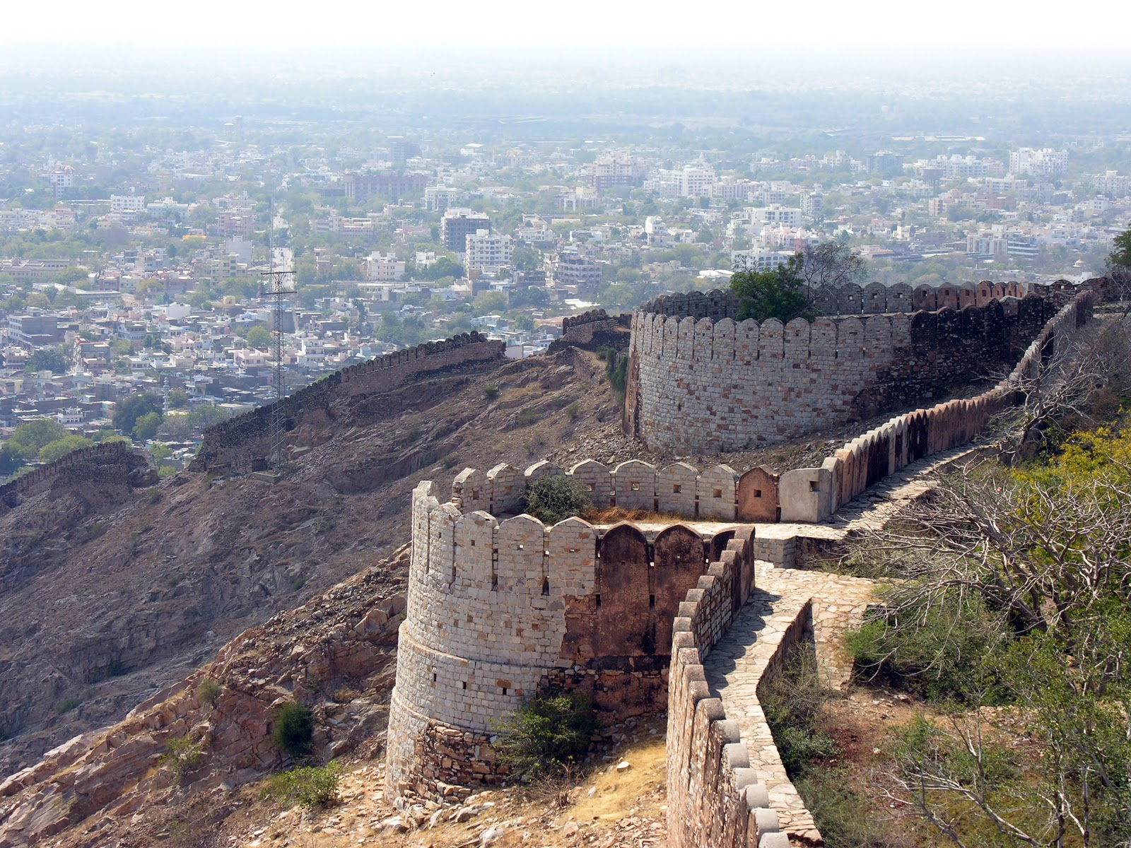 7 Top Places To Visit In Jaipur