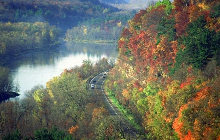 River Road Scenic Drive during the fall