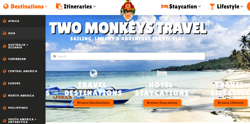 Two Monkeys Travel website screenshot