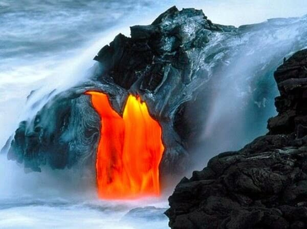 lava flow near Pahoa Hawaii