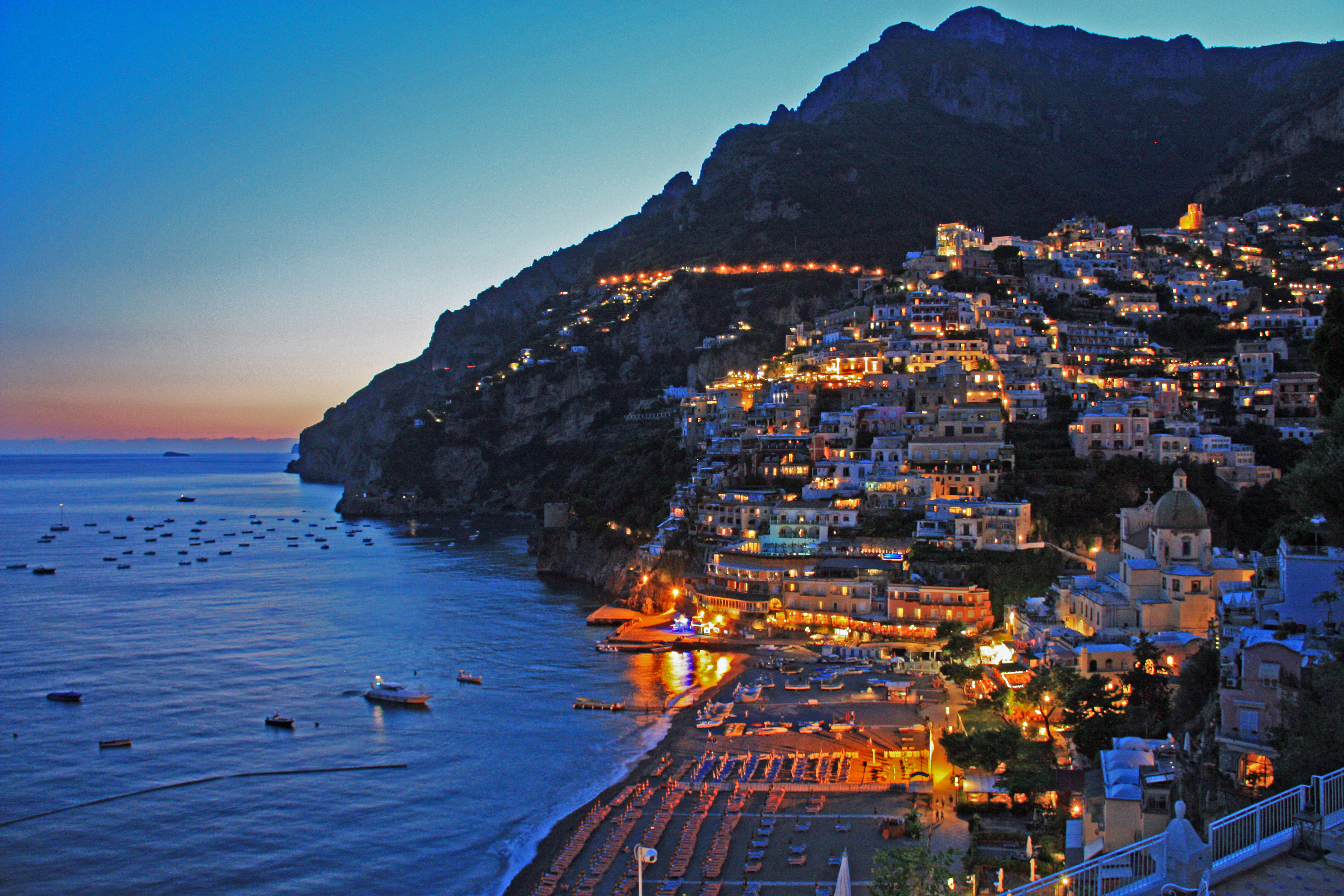 mansions in Positano Italy