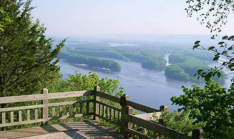 Pikes Peak State Park places to visit in iowa
