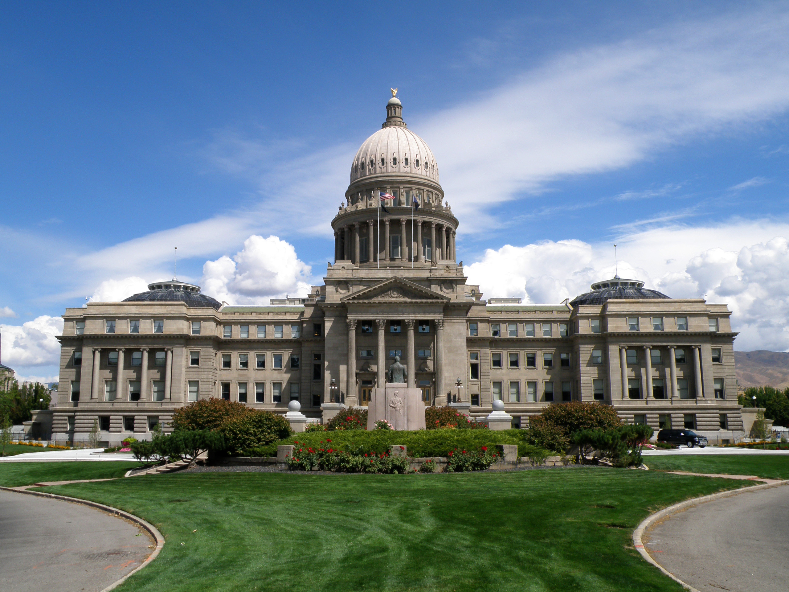 state capitol places to visit in iowa