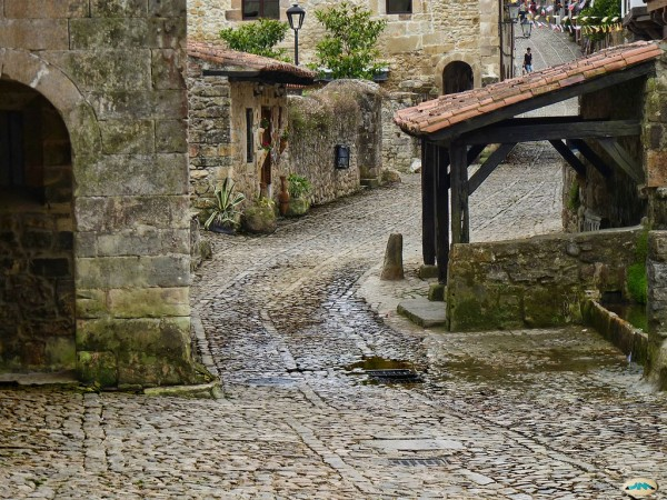 Santillana del Mar best places to visit in spain