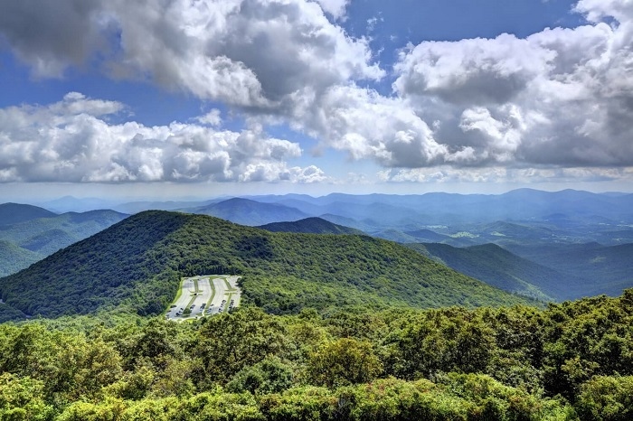 Brasstown Bald mountain trail