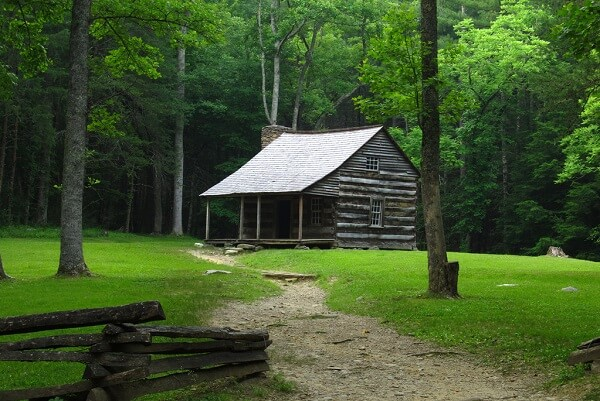 Carter Shields Cabin at Cades Cove