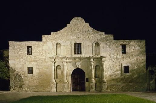 Alamo Night Landmark Histor - things to do in san antonio