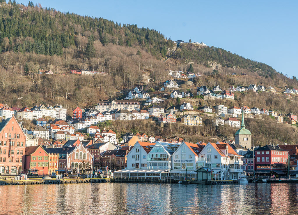 bergen norway boats houses